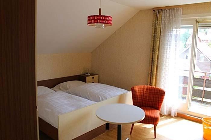 1 60s Zimmer alt