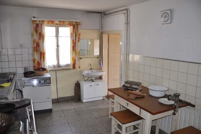 1 Küche alt