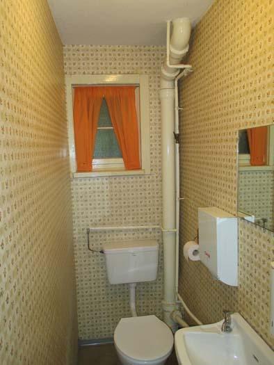 1 Toilette alt