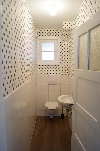 1 Toilette neu