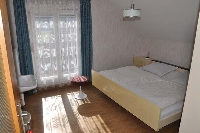 1 blaues Zimmer alt